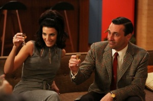 Mad-Men-Season-6-Premiere-2013-The-Doorway-03
