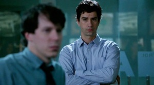 The-Newsroom-Red-Team-III-John-Gallagher-Jr.-and-Hamish-Linklater6jt